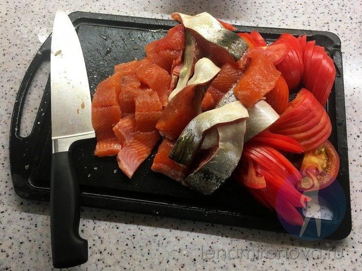горбуша и помидоры