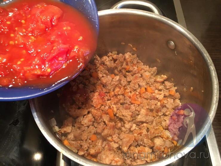 томат добавляют в фарш